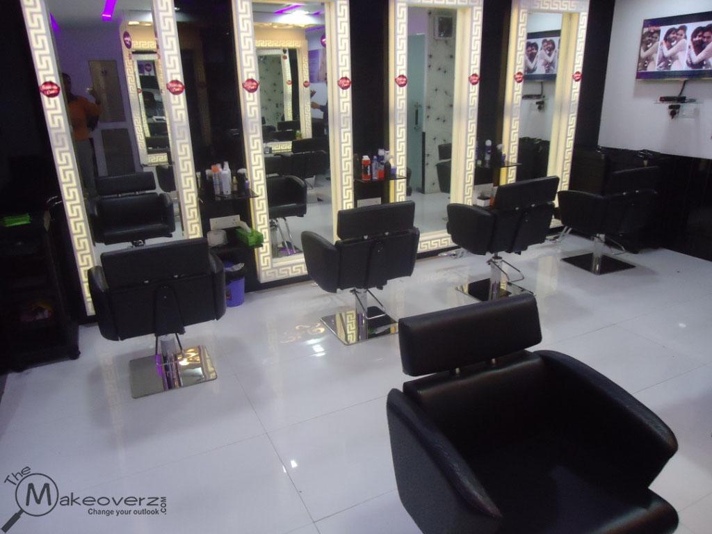 Naturals salon saket for Adamo salon malviya nagar