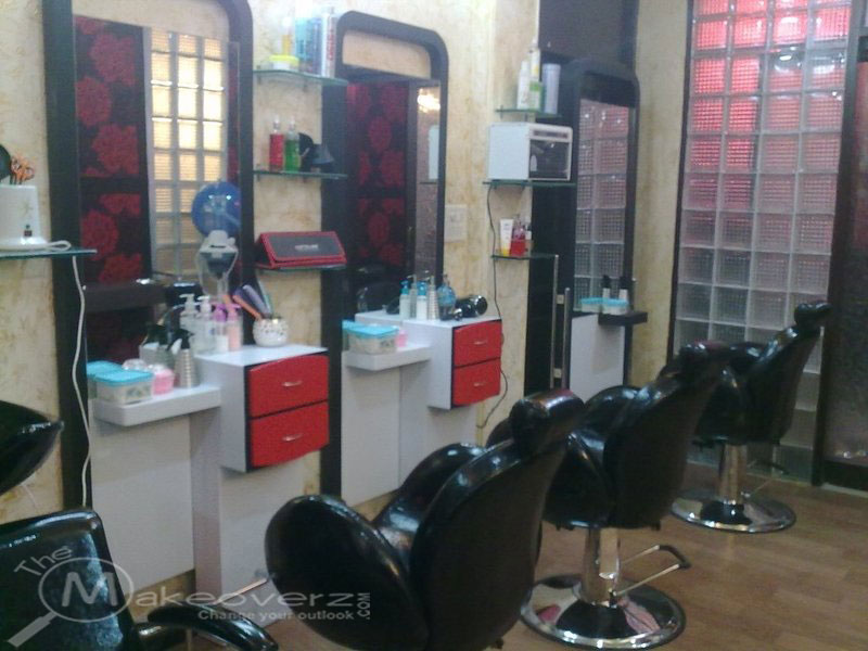Vogue villa beauty salon spa malviya nagar for Adamo salon malviya nagar