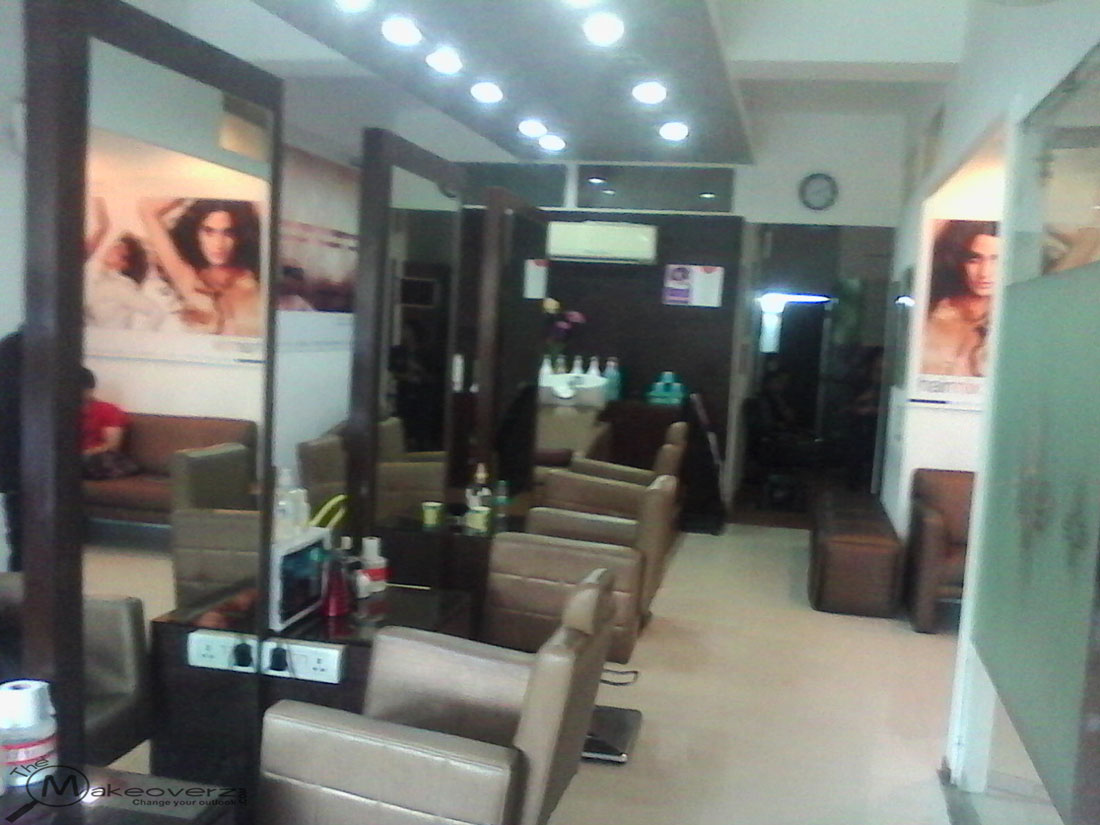 Cut style malviya nagar for Adamo salon malviya nagar