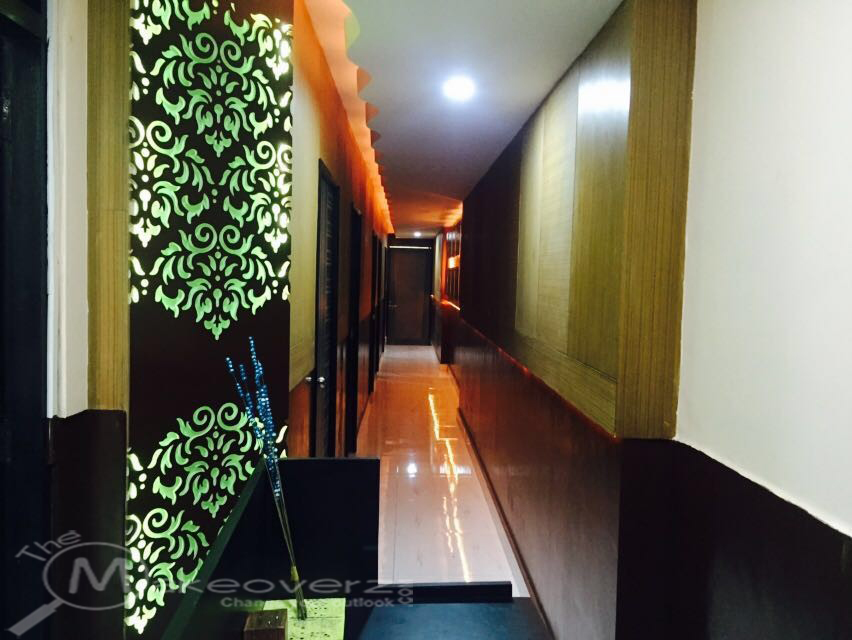 Oasis spa malviya nagar for Adamo salon malviya nagar