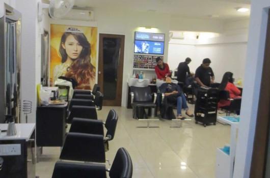 Purete unisex salon malviya nagar for Adamo salon malviya nagar